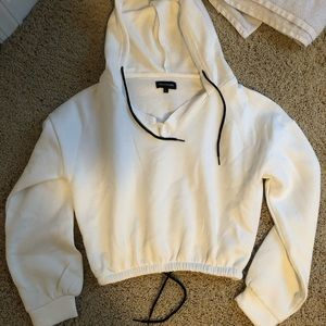 Small white cropped hoodie